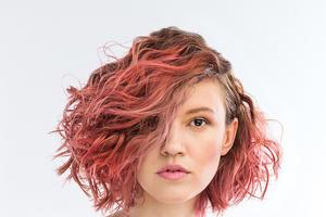 sukienki KOIRE w lookbooku fryzjerskiej kolekcji COLOR MIST